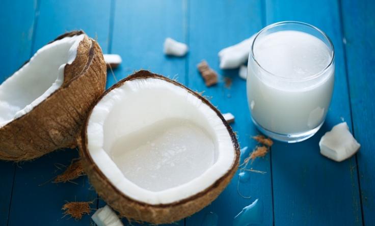 3 Khasiat Unik Santan yang Sering Disebut Biang Kolesterol