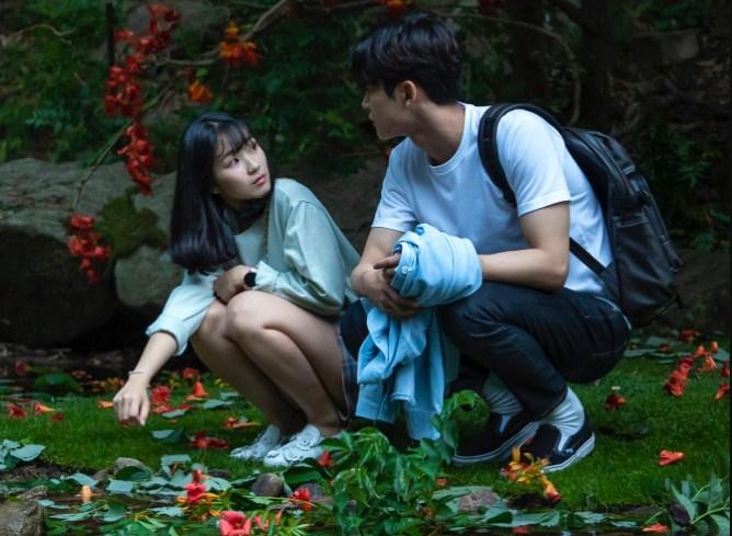 Rowoon SF9 Memperlihatkan Absnya Di Drama Extraordinary You